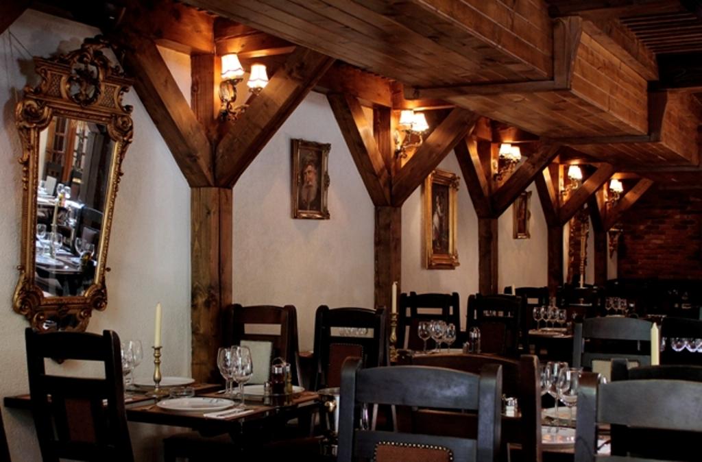 restaurant-potcoava-9mai-giulesti (1)