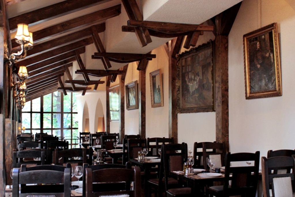 restaurant-potcoava-9mai-giulesti (6)